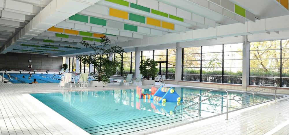 Schwimmhalle Fischerinsel Swimming Pools Fischerinsel