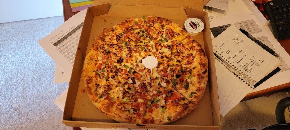 Snappy Tomato Pizza: 8248 Alexandria Pike, Alexandria, KY