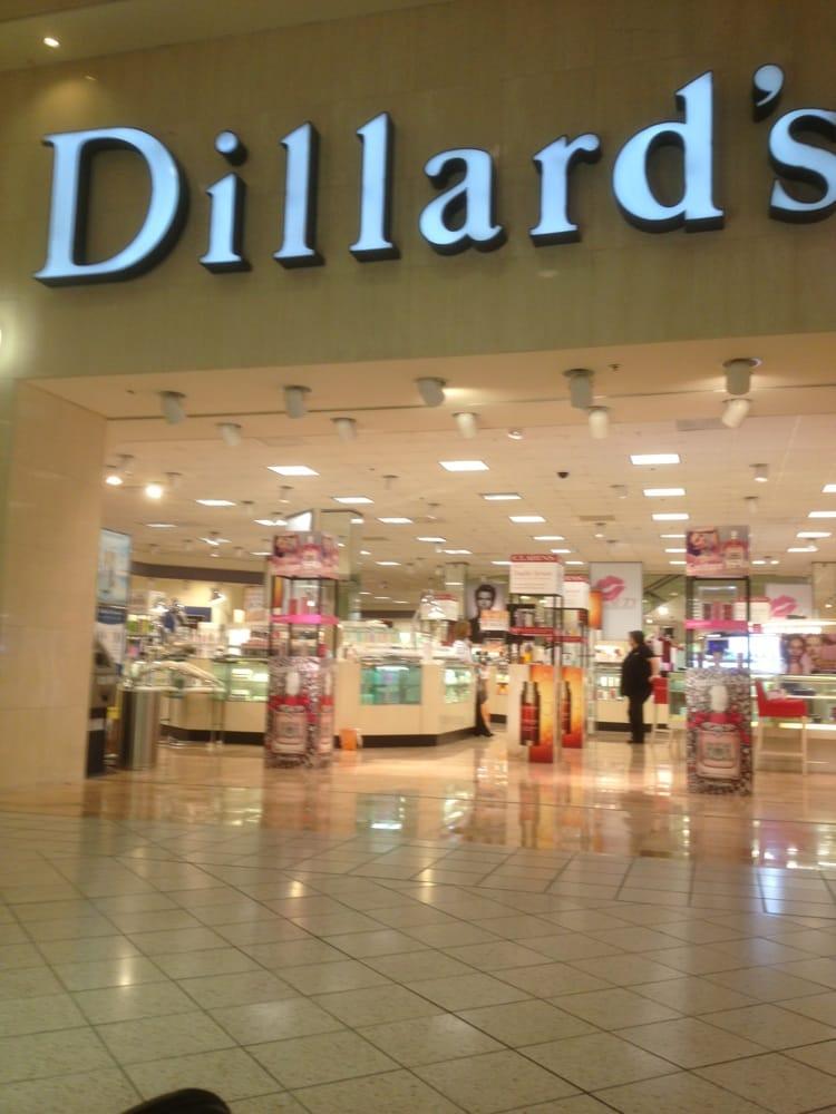 Dillard's: 6495 W Newberry Rd, Gainesville, FL