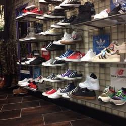 4927d00c9392 Journeys - 11 Reviews - Shoe Stores - 3030 Plaza Bonita Rd