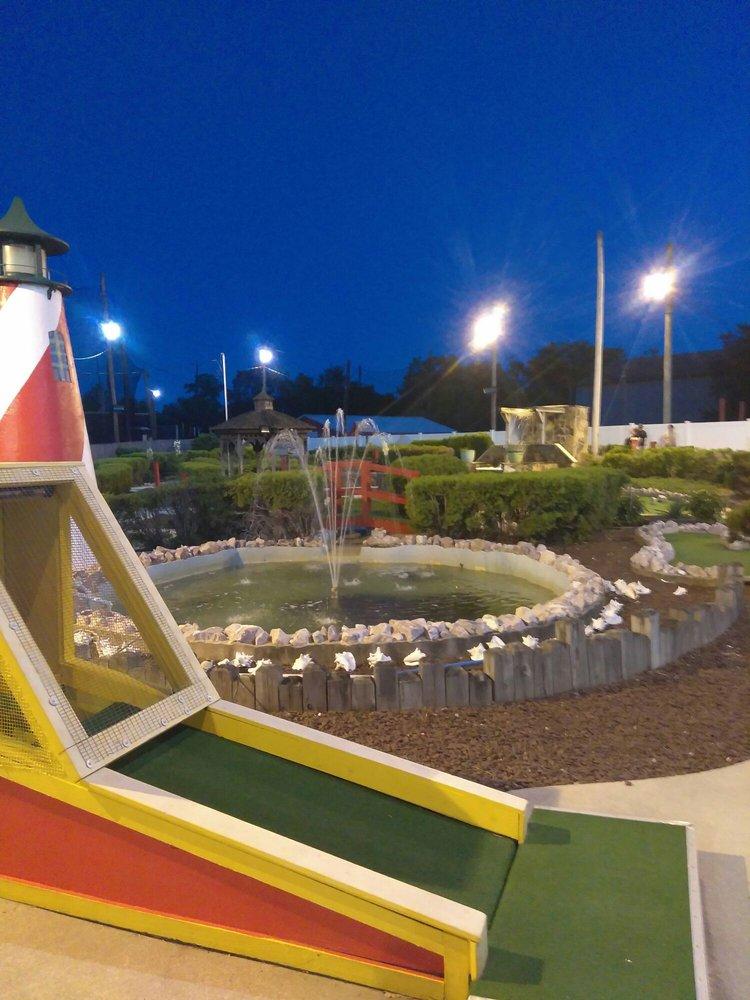 Gino's Drive Range & Miniature Golf: 669 Bridgeton Pike, Mantua, NJ