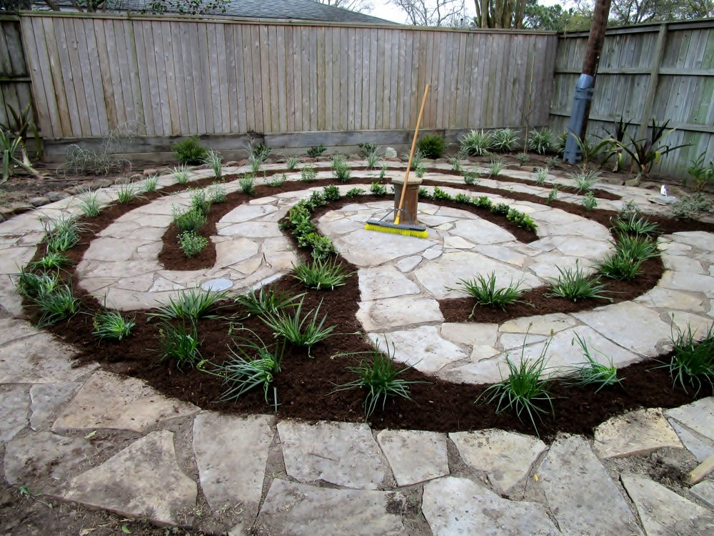 Ravenscourt Landscaping & Design