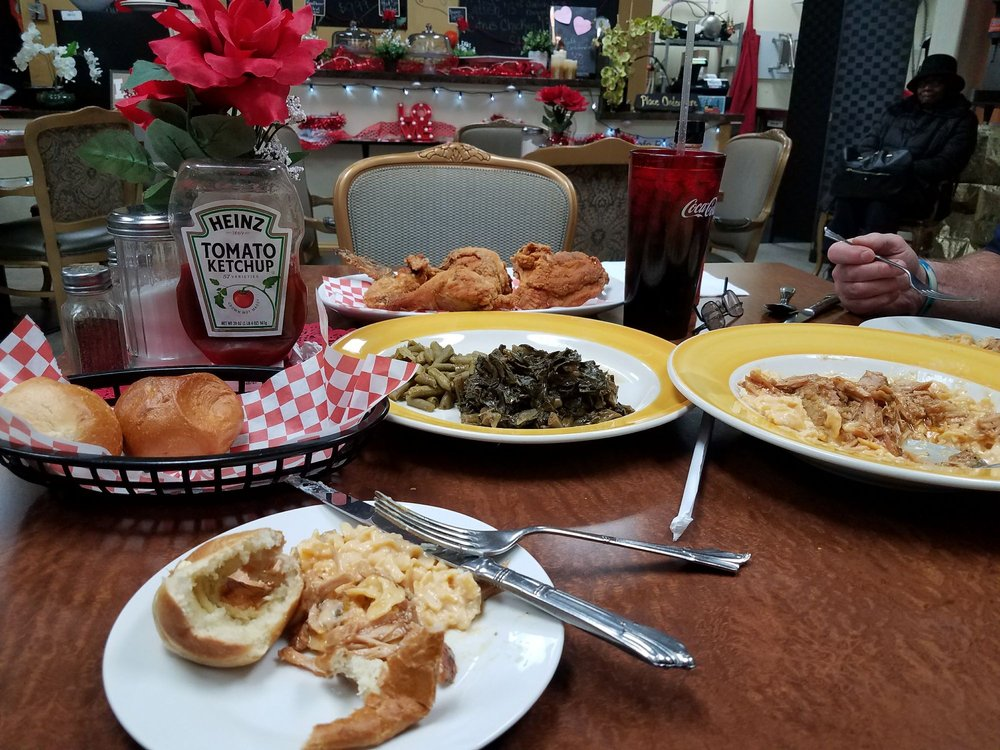 Cafe Rosa: 3410 4th Ave, Beaver Falls, PA