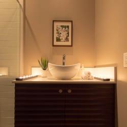 refresh salon and spa 12 reviews day spas 400. Black Bedroom Furniture Sets. Home Design Ideas