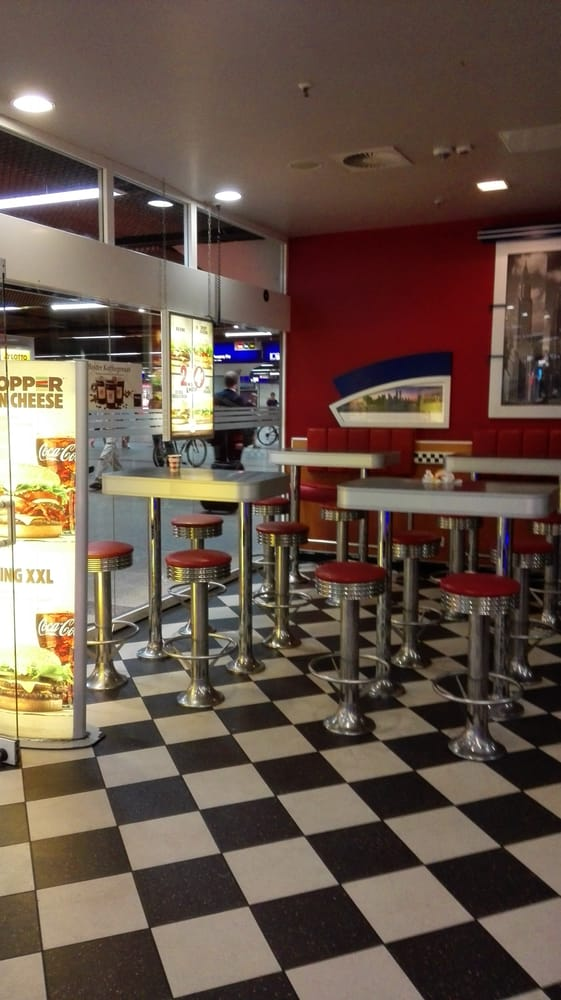 burger king 11 reviews takeaway fast food im hauptbahnhof 1 frankfurt hessen germany. Black Bedroom Furniture Sets. Home Design Ideas
