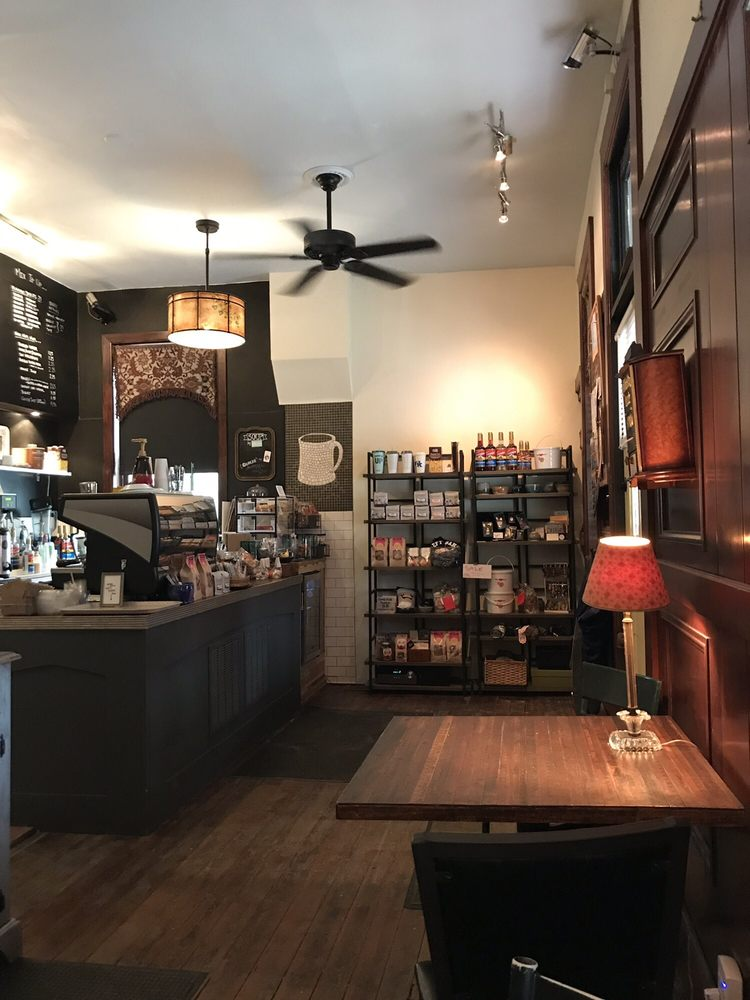 Left Bank Coffeehouse: 701 Greenup St, Covington, KY