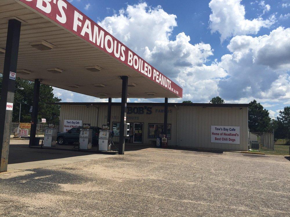 Bob's Famous Boiled Peanuts & Novelties: 17909 US Highway 431 S, Headland, AL