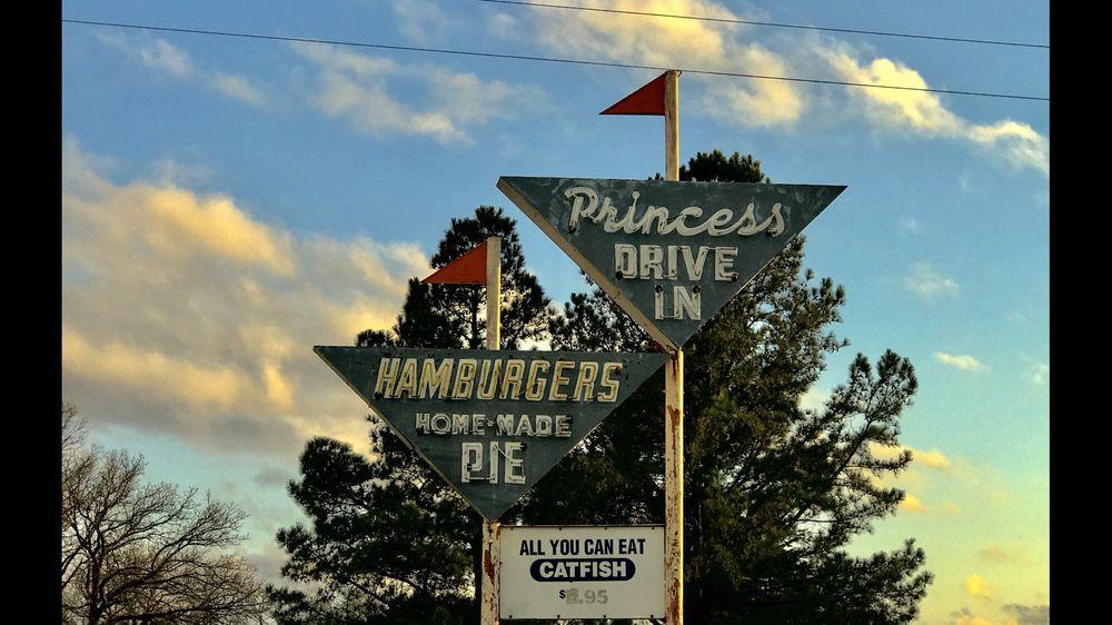 Princess Restaurant: 29301 OK-82, Tahlequah, OK