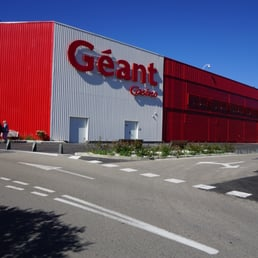 G ant casino drive supermarkets 791 avenue de frejus for Le geant du meuble la valette