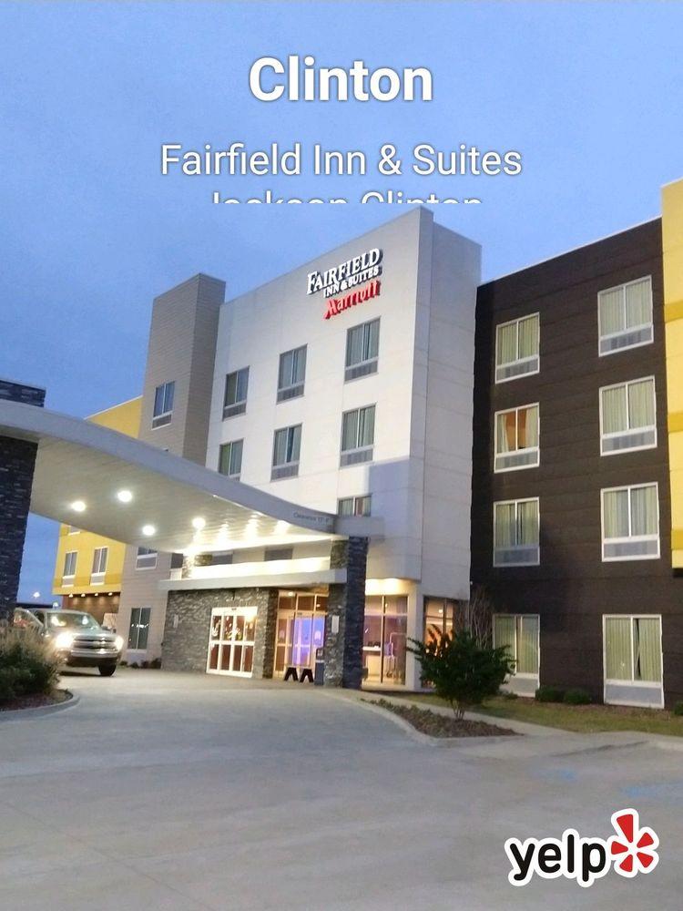 Fairfield Inn & Suites Jackson Clinton: 105 Hampstead Blvd, Clinton, MS