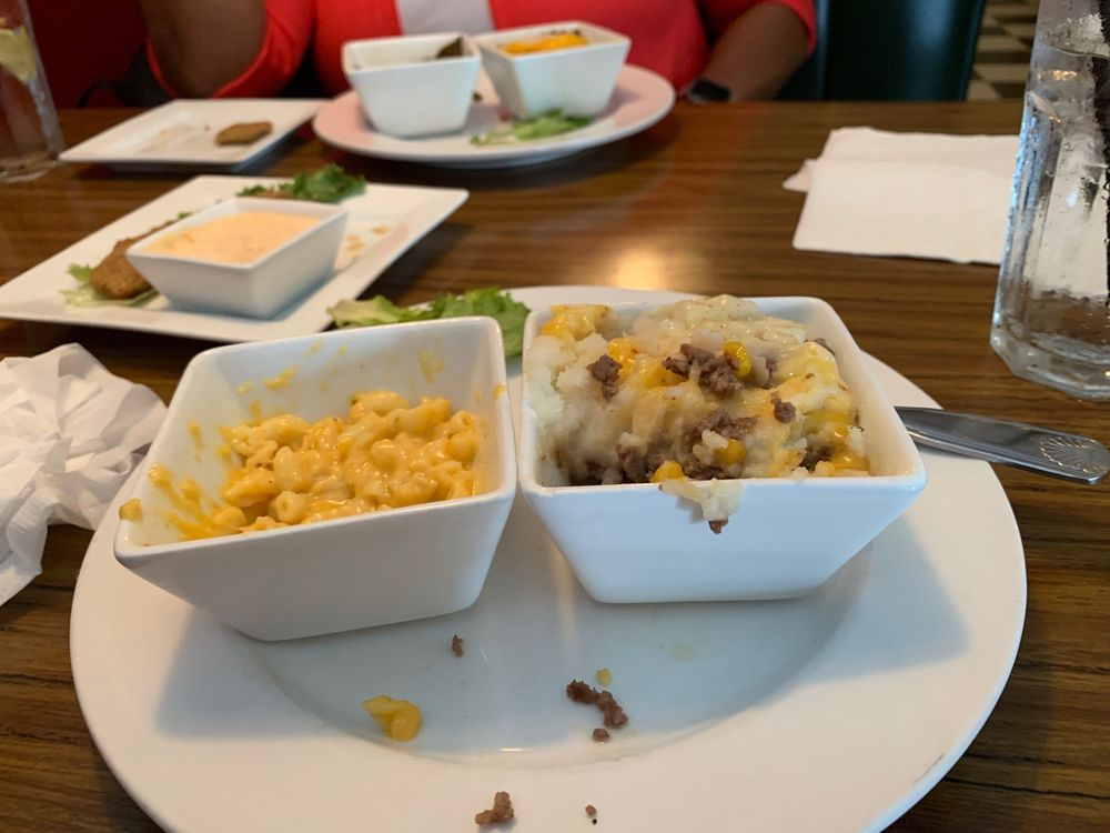 Simply Southern Bistro: 65 W Wesmark Blvd, Sumter, SC