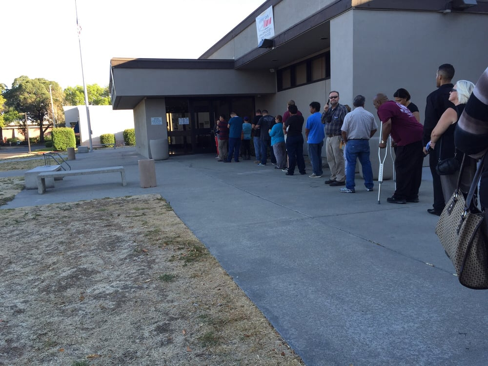 Line at 745 office opens at 8 yelp for Department of motor vehicles near my location