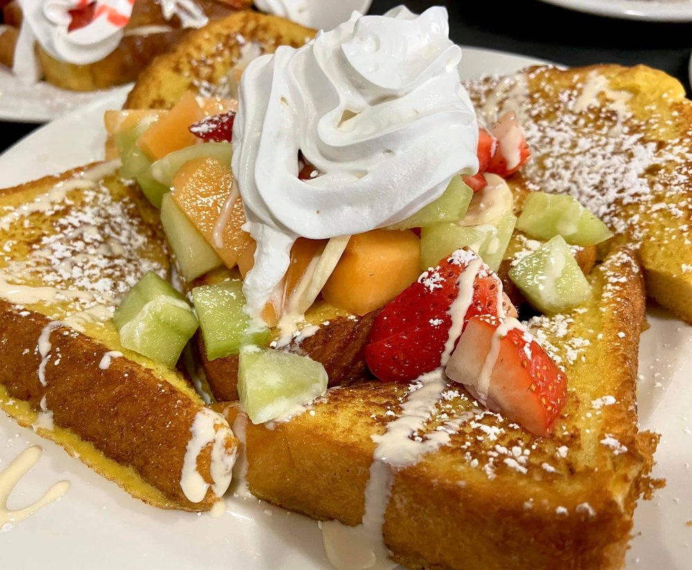 Dalia's Pancake House: 10719 S Roberts Rd, Palos Hills, IL