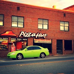 Pizza Hut Pizza 53 N Lee St Forsyth Ga Restaurant Reviews