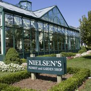Flowers Photo Of Nielsenu0027s Florist And Garden Shop   Darien, CT, United  States.