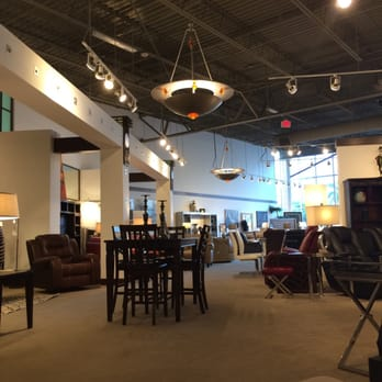 rooms to go 16 photos 27 reviews furniture stores 4800 s cleveland ave fort myers fl. Black Bedroom Furniture Sets. Home Design Ideas