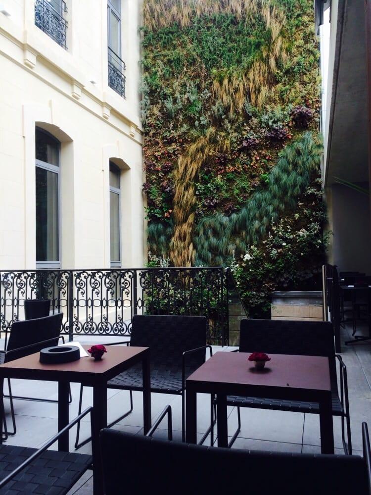 C2 hotel 25 photos h tels 48 rue roux de brignoles for Garage rue roux de brignoles marseille