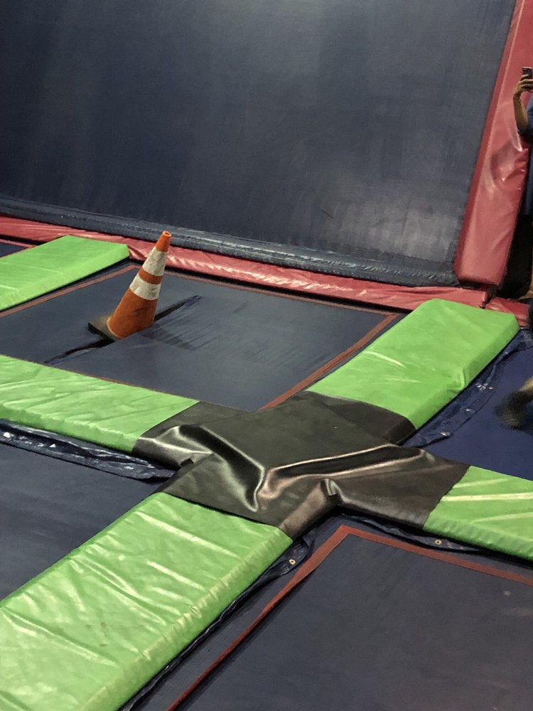 Splash Kingdom Trampoline Park: 1101 California St, Redlands, CA