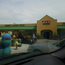 Photo Of Earl May Nursery Garden Center Lincoln Ne United States