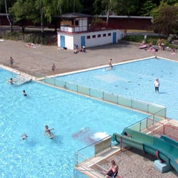 Sommerbad Humboldthain - Swimming Pools - Wiesenstr. 1, Wedding ...