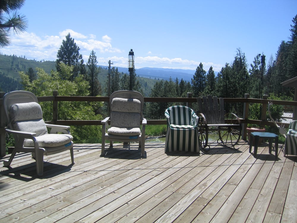Whitebird Summit Lodge: 2141 Old White Bird Hill Rd, Grangeville, ID