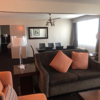 Crowne Plaza Phoenix Airport - 2019 All You Need to Know