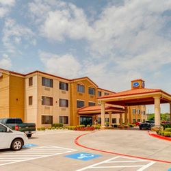 Photo Of Comfort Suites Lake Ray Hubbard Rowlett Tx United States