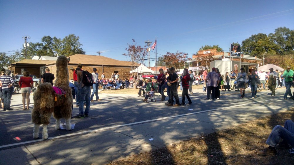Cotton Gin Festival: Hwy 83, Bostwick, GA