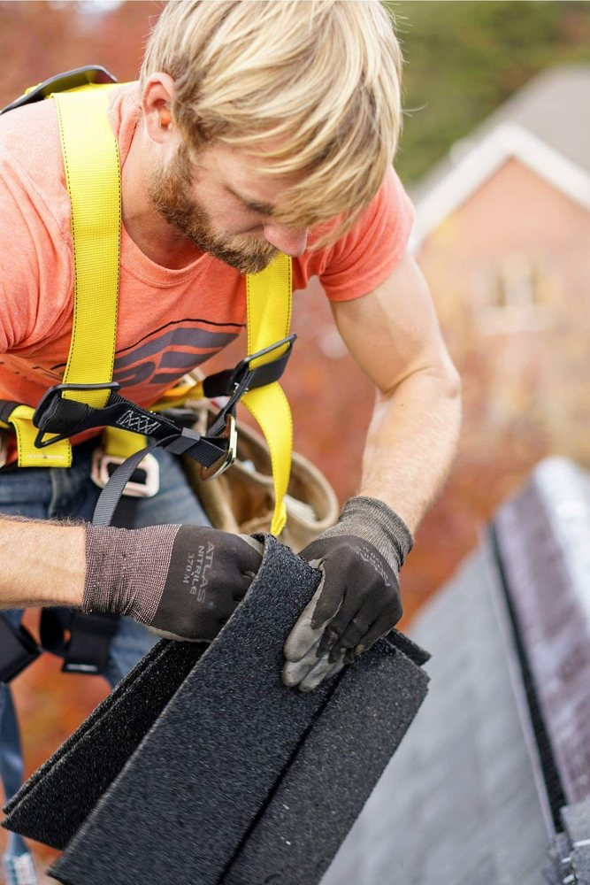 Roof Pros Roofing: 440 W Fallbrook Ave, Fresno, CA