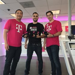 t mobile 17 photos 45 reviews mobile phones 9562 garden grove blvd garden grove ca