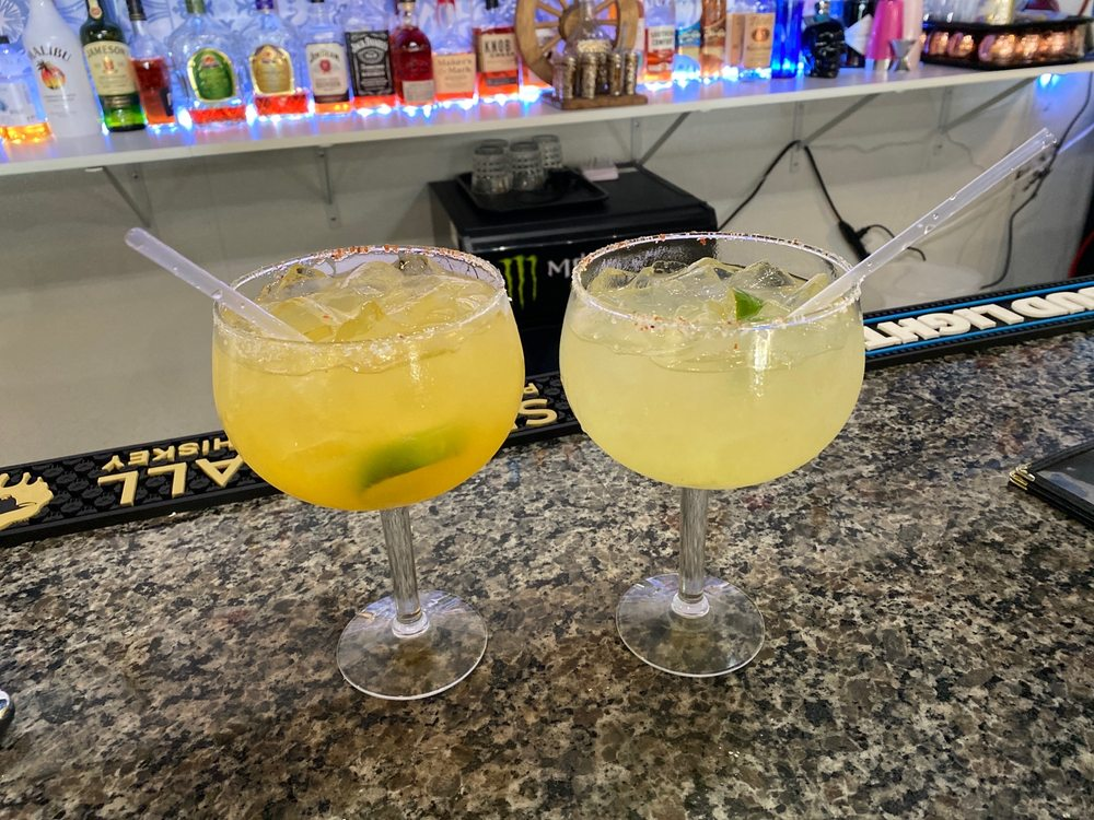 Casa Tequila Cantina and Grill: 1000 Warrenton Outlet Ctr, Warrenton, MO