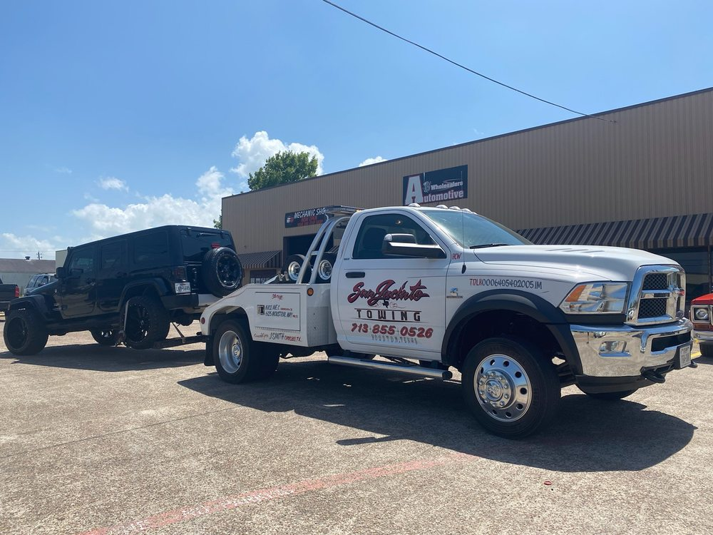 Towing business in Baytown, TX
