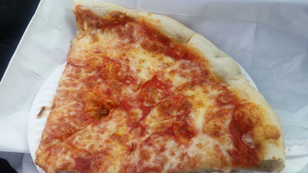 Topo Gigio Pizza: 984 Creek Rd, Bellmawr, NJ