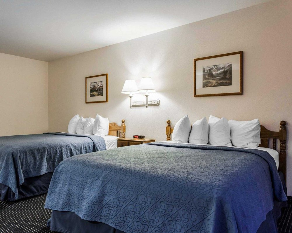 Quality Inn & Suites: 808 East Simcoe Drive, Goldendale, WA