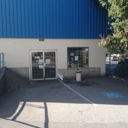 Lordco parts 10 reviews auto parts supplies 338 2nd avenue e photo of lordco parts vancouver bc canada side entrance from parking lot solutioingenieria Choice Image