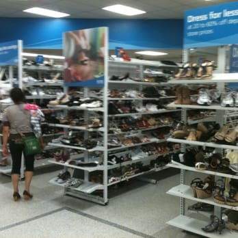 Bakersfield Shoes Stores