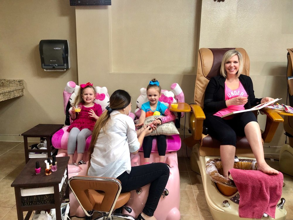 Citi Nails & Spa: 2815 Fort Worth Hwy, Hudson Oaks, TX