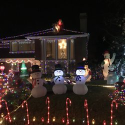Photo of Thoroughbred Christmas Lights - Rancho Cucamonga, CA, United States. Thoroughbreds Christmas ...