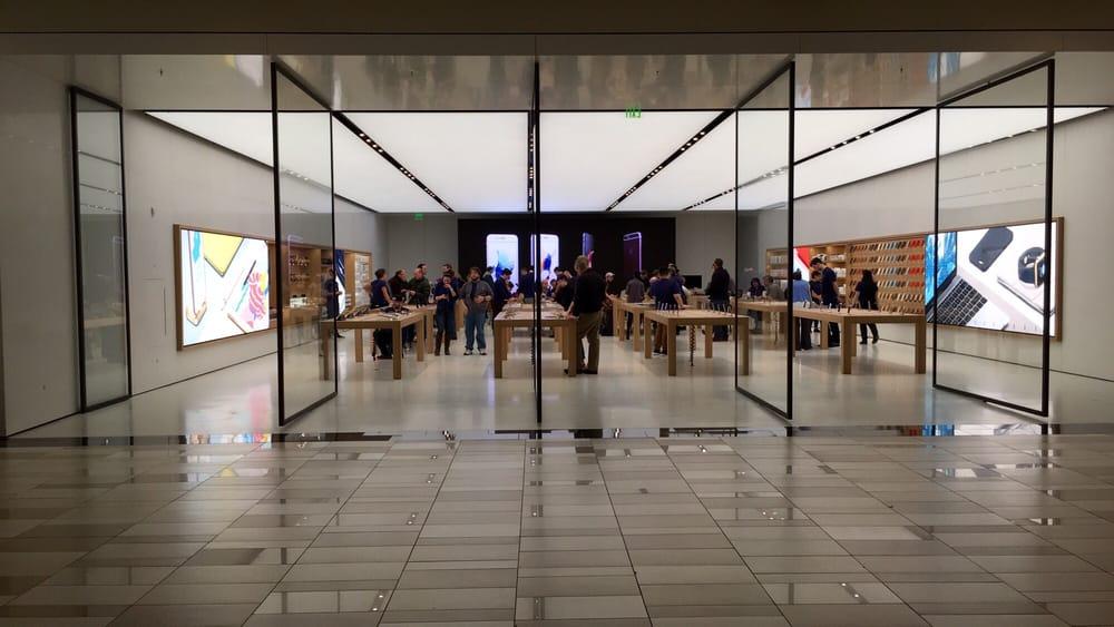 Apple Store: 1 Crossgates Mall Rd, Albany, NY