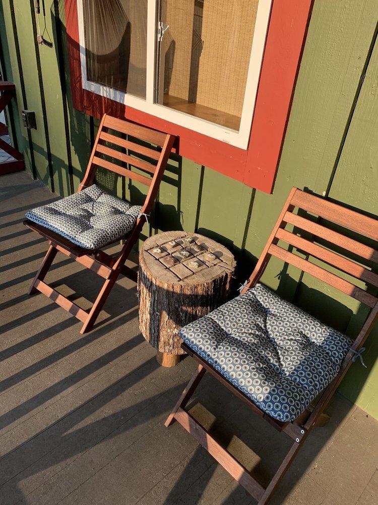 Magnolia Streamside Resort: 2518 Rt 390, Canadensis, PA