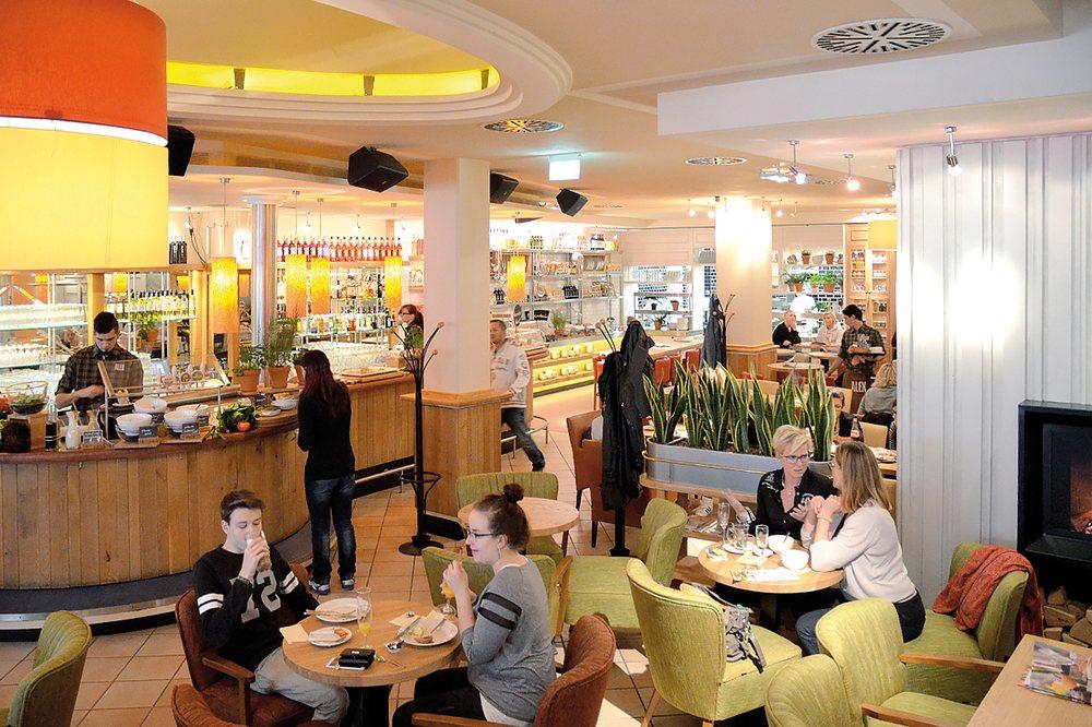 Alex 24 Reviews Bars Hauptmarkt 11 12 Zwickau Sachsen