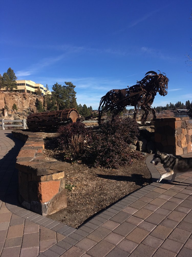 Farewell Bend Park: 1000 SW Reed Market Rd, Bend, OR