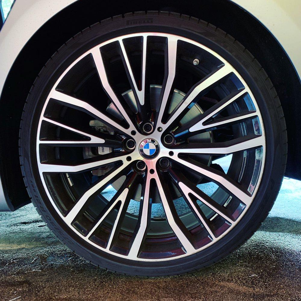 Dixie Hand Car Wash & Detail: 2691 NE 203rd St, Aventura, FL