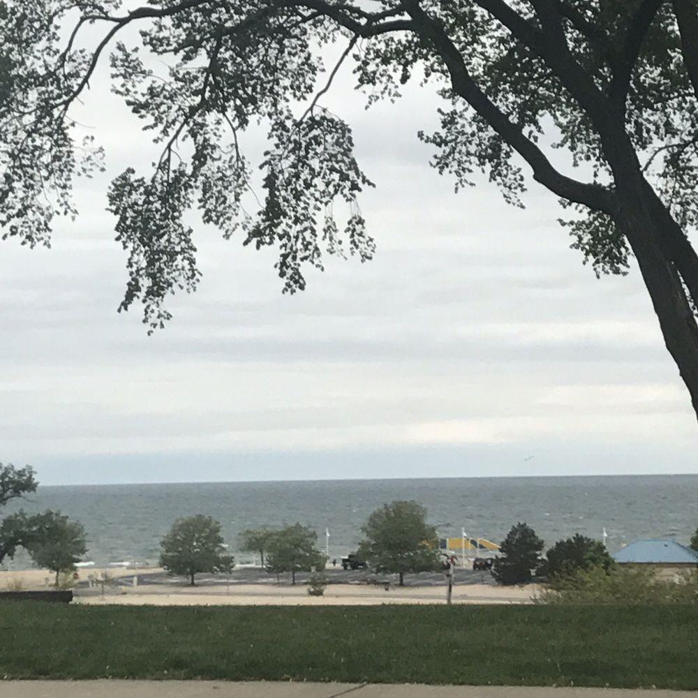 Lookout Park: 3220 Lakeshore Dr, St. Joseph, MI