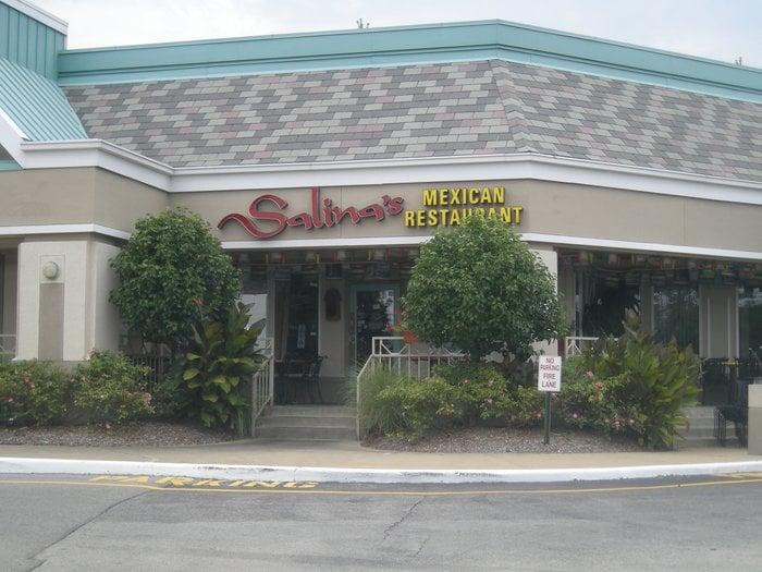 Restaurant Near Clarkson Rd