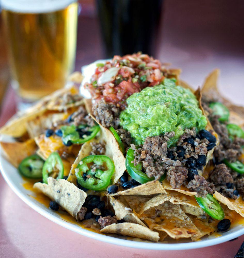 The Gorge Bar & Grill: 103 E Plz, Taos, NM
