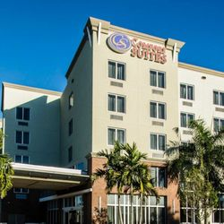 Photo Of Comfort Suites Miami Airport North Springs Fl United States