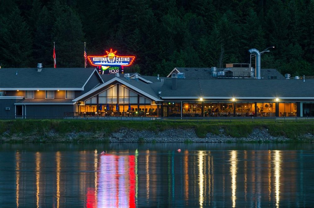 Best Western Plus Kootenai River Inn Casino & Spa: 7169 Plaza St, Bonners Ferry, ID