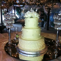 Photo Of Delectable Edibles More Dothan Al United States Wedding Cake
