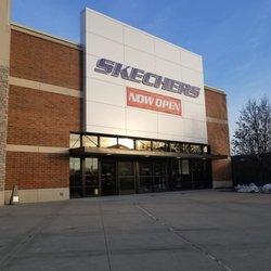 kwaliteitsproducten origineel beste prijzen SKECHERS Factory Outlet - Shoe Stores - 7129 Kingery Hwy ...